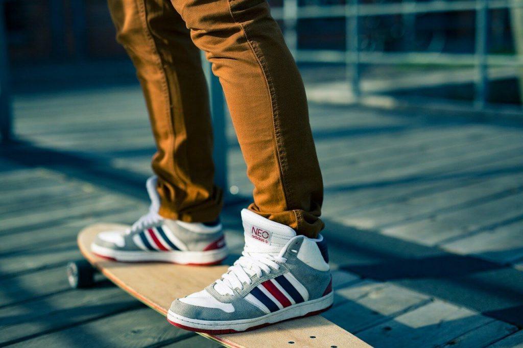 khaki sweatpants and joggers